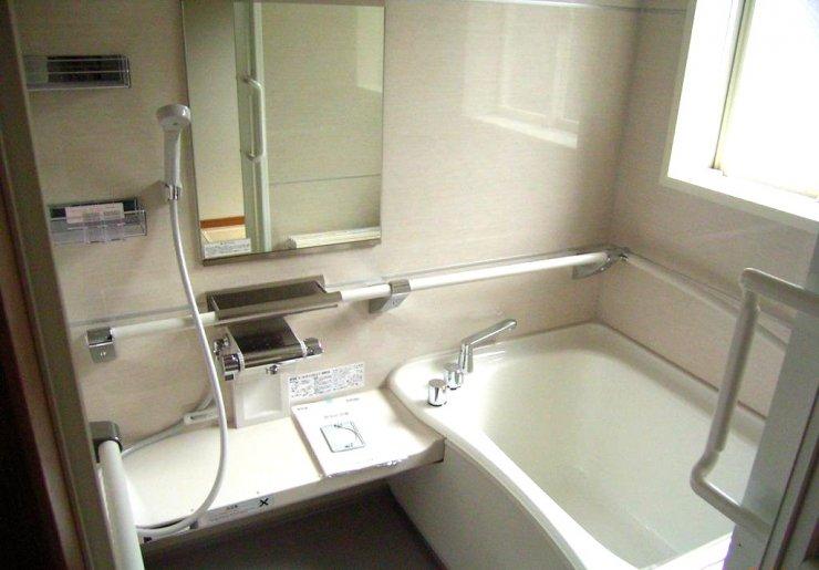 同様にフラットフロアにて浴室へ