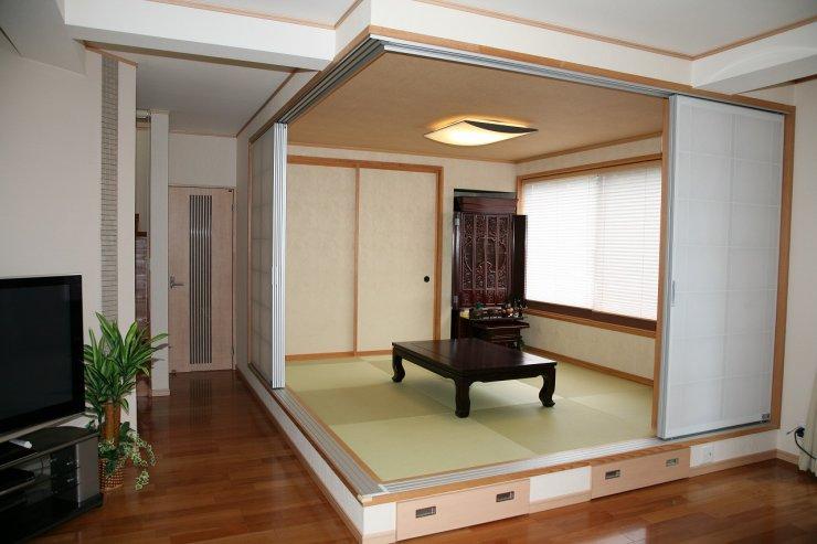 小上がりの和室は襖を閉めてしまえば個室に変身